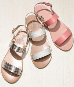 These Ancient Greek Sandals sport the perfect balance of ancient Mediterranean style and modern trends.