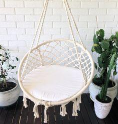 New crochet cat hammock hanging baskets Ideas Crochet Hammock, Cat Hammock, Hammock Chair, Hanging Baskets, Hanging Chair, Seat Pads, New Room, Interior And Exterior, Boho Chic