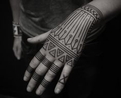 tribal henna..