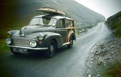Vintage Surf Wagons - Everyone should own a Morris Minor Morris Traveller, Automobile, Morris Minor, Vintage Surf, Vintage Travel, Cute Cars, Station Wagon, Cars And Motorcycles, Dream Cars