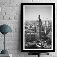 Αποδράστε στο πιο διάσημο σημείο του Λονδίνου, με την υπέροχη φωτογραφία του Big Ben σε ασπρόμαυρο poster. #cityposter #mapposter #Londonposter #πόλητουΛονδίνου #BigBenposter #BigBeninblackandwhite