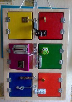 Купить Шкафчик развивающий с замочками (бизиборд) - разноцветный, доска развивающая, шкафчик развивающий, мелкая моторика