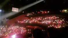 I know this isn't the pretty Candy Bong Ocean but we thanks to those who make it to the concert ONCE thanks for the CandyBong ocean And thanks to the guy or girls who take this shoot  #CandyBong #twiceland #Singapore #Once #Fun #Slying #Hope #Twice #Have #Fun #In #Singapore #With #Singapore #Once #The #Crazy #Once #Safe #Flight #Home #Twice #seoul # #Thanks #For #Being #TWICE #AND #MAKING #US #ONCE #FAMILY #THANKIEWUnnie