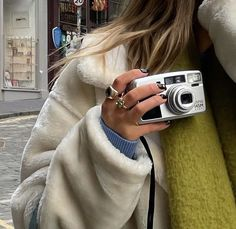 Summer Aesthetic, Aesthetic Photo, Aesthetic Pictures, Photography Aesthetic, Aesthetic Vintage, Look Girl, Teenage Dream, Photo Dump, Swagg