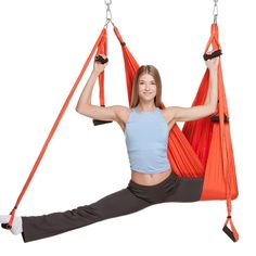 Acheter ce hamac de yoga aérien à Yoga Fitness, Fitness Tips, Anti Gravity Yoga, Aerial Yoga Hammock, Hammock Swing, Inversion Therapy, Strong Legs, Thing 1, Muscle