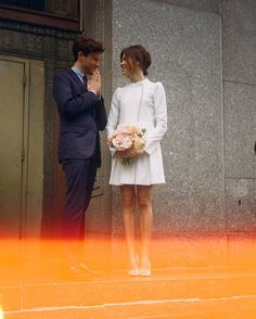 Emily Weiss courthouse wedding. Like the mood, the simplicity. Don't like the dress (for me), good for a courthouse ceremony.