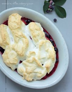 Summer Berry Meringue (low carb, fat free and gluten free) - Only 5.5g net carbs and 47 calories per serving!