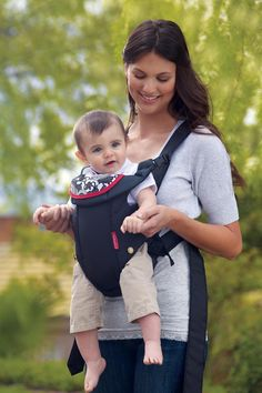Infantino Swift Classic Carrier, Black: Get it for $8.88 (was $19.99) #coupons #discounts