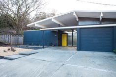 Eichler Paint Colors, Eichler Stains, Mid Century Modern Home Paint Tips Modern House Colors, Modern Paint Colors, Paint Colors For Home, Exterior Trim, Modern Exterior, Midcentury Modern, Roof Flashing, Mid Century Exterior, Interior Design Portfolios