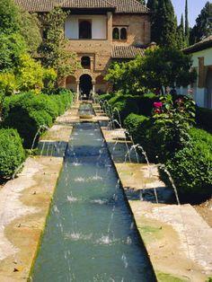 Generalife Gardens, the Alhambra, Granada, Andalucia, Spain, Europe Lámina fotográfica