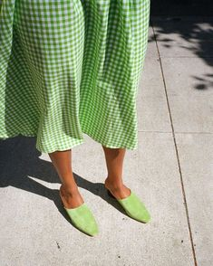 🌟Tante S!fr@ loves this📌🌟Capri Wrap Skirt - Lime Gingham Pretty Outfits, Cool Outfits, Summer Outfits, Fashion Outfits, Fast Fashion, Womens Fashion, Made Clothing, Colourful Outfits, Dress To Impress