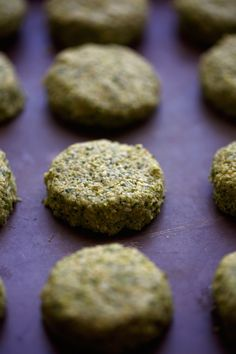 The Best Homemade Falafels - Traditional restaurant style falafels -- made at… Spicy Falafel Recipe, Tahini Recipe, How To Make Falafel, Vegetarian Recipes, Cooking Recipes, Lebanese Recipes, Food Test, Veggie Dishes, Side Dishes