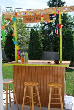 How to build your own tiki bar for cheap good idea for Homemade tiki bar pics