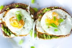 Smashed Avocado and Fried Eggs on Toast