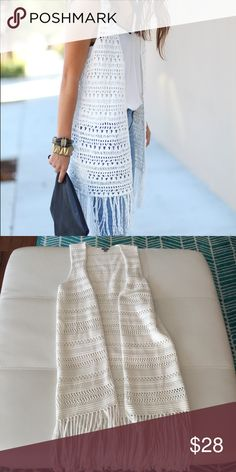 Fringe Vest/Duster NWOT- paid $45 + tax. This lovely Aerie brand white vest is adorable for any season to layer with. Don't miss out on an awesome deal! Size S, can fit M too because of flowiness. Can also fit an XS loose too! aerie Jackets & Coats Vests