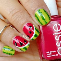 Do you love doing nail art? Are you looking for nail art summer ideas? This post is just what you need! Check out our collection of 'Watermelon Nail Art Designs for Summer below and tell us what you think… Food Nail Art, Fruit Nail Art, Cute Nail Art, Easy Nail Art, Fancy Nails, Diy Nails, Manicure Ideas, Nail Nail, Nail Art Mignon