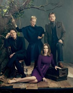 """Miller Mobley Photography The cast of """"Into the Woods"""" Studio Family Portraits, Family Portrait Poses, Meryl Streep, Group Photography, Portrait Photography, Foto Portrait, Group Poses, The Hollywood Reporter, Old Movies"""