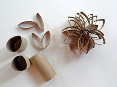 recyclage ! Toilet Paper Roll Crafts, Napkin Rings, Napkins, Diy, Crafty, Paper Envelopes, Father's Day, Projects, Bricolage