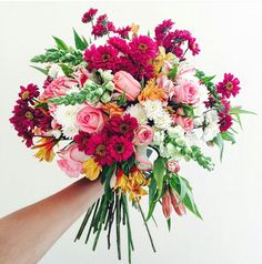 Wedding Bouquets, Wedding Flowers, Wedding Day, Garden Entrance, Flower Bomb, Flower Arrangements, Beautiful Flowers, Wedding Planning, Floral Wreath