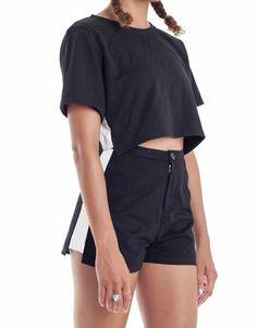 Nemis Women Black/White Crop Top Look Fashion, Autumn Fashion, Fashion Design, Korean Streetwear, Tumblr Outfits, Korean Fashion Trends, Minimalist Fashion, Women Wear, Cute Outfits