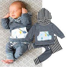 Moda Newborn Unisex Do Bebê Do Algodão 2 pcs Conjunto de Roupas Moletom Com Capuz Listrada Bolso Tops Cinza Seta Cor Prints Macio Calças Do Bebê traje(China (Mainland))