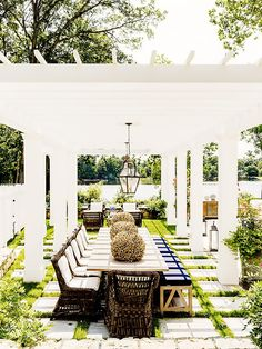 7 Perfectly Pinnable (and Outrageously Dreamy!) Outdoor Spaces