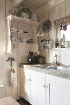 Weiße Küche im Shabby Stil
