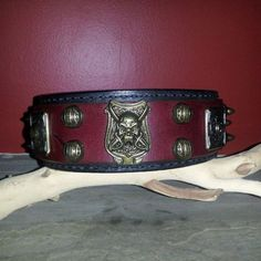 Leather Dog Collar: The Rogue Dog Collar: Handmade, hand-crafted, hand-stitched leather dog collars from Cerberus Designs located in Halton Hills, Ontario