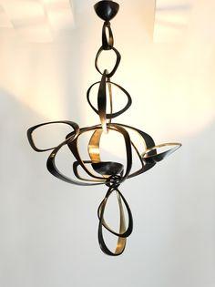 Speechless. Hervé Van Der Straeten, Volubile chandelier.