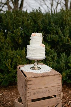 A cute idea for the cake display at an elegantly rustic wedding.