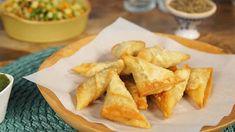 Samoussas au poulet et au curry au thermomix. Des délicieuse Samoussas au poulet et au curry! Une recette simple et facile à préparer au thermomix.