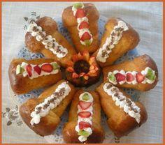 Il Babà è uno dei più tipici dolci della tradizione napoletana.