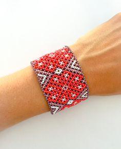 Mexican Huichol beaded bracelet with reindeer designs