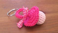 Ravelry: Pacifier keychain pattern by Carins Creaties