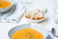 carrot coconut curry soup
