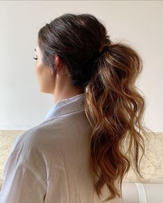 """Jody Callan Hair on Instagram: """"Mid ponytail 🤍 A little ponytail inspo for you to save share like comment beauties 🥰 Brides to be please email for 2022…"""" Bride Hairstyles, Ponytail, Long Hair Styles, Photo And Video, Wedding Stuff, Beauty, Brides, Instagram, Photos"""