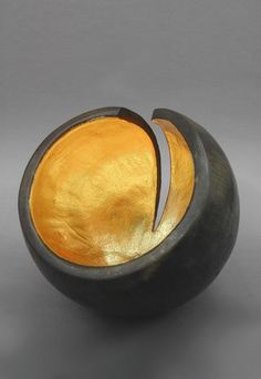 Artist Kay Lynne Sattler draws inspiration for her original sculptural clay and abstract paintings from the enduring and ephemeral forms of nature. Glass Ceramic, Ceramic Clay, Resin Sculpture, Fire Clay, Raku Pottery, Cement Crafts, Ceramic Techniques, Bottle Painting, Wood Creations