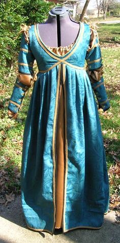 'Ever After' Italian Renaissance gown - another view of the teal & gold