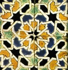 Azulejo cuerda seca - Sevilla Wall Patterns, Mosaic Patterns, Textures Patterns, Islamic Tiles, Islamic Art, Islamic Patterns, Antique Tiles, Clay Tiles, Iron Work