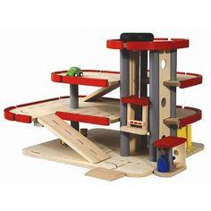 Plantoys houten speelgoed, garage was grootste speelotheek-hit van het afgelopen half jaar