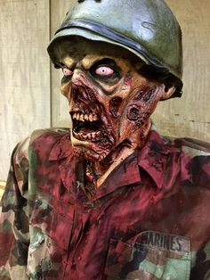 Zombie head eating rat 9 inches halloween prop skull haunted house marine zombie on halloween forum solutioingenieria Images