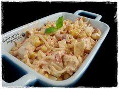 Sałatka z selerem konserwowym, kurczakiem i papryką