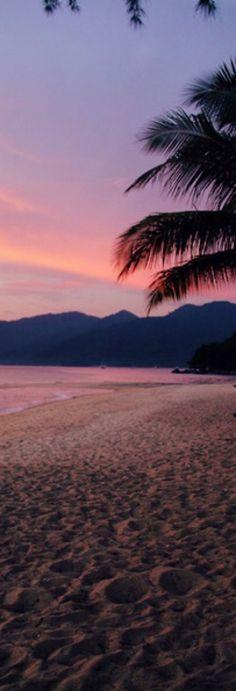 Pic of the Day...Silence ------------------ #beach #sunset #sundown #tropics #travel