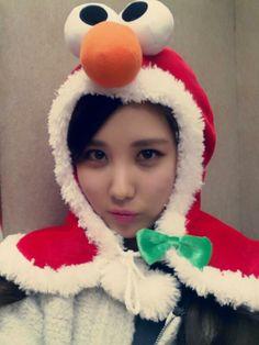 Seohyun : 모두~~감기 조심하세요~~ don't catch a cold!!♡ -from elmo hyun- keke:D