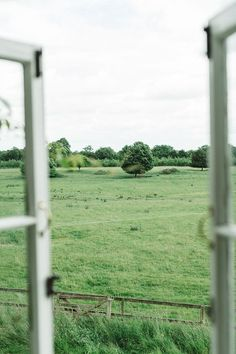 Countryside views from the window Esprit Country, Life Is Beautiful, Beautiful Places, Vie Simple, Window View, Open Window, Farm Life, Farm House, Country Life