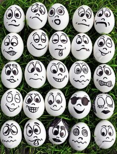 White Eggs And Many Funny Faces Stock Photo, Picture And Royalty Free Image. Image funny White eggs and many funny faces Rock Painting Ideas Easy, Rock Painting Designs, Painting Patterns, Paint Designs, Egg Designs, Pebble Painting, Pebble Art, Stone Painting, Eye Painting