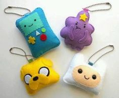 DIY Adventure Time Keychain Set: Make your own totally tote-able Adventure Time keychain set with a step-by-step tutorial. Geek Crafts, Diy And Crafts, Adventure Time Crafts, Adventure Time Plush, Craft Projects, Sewing Projects, Felt Keychain, Felt Diy, Felt Ornaments