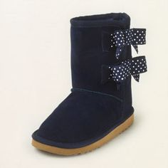 chalet bow boot...gotta love these adorable boots! they go perfectly with my daughter's school uniforms...just waiting for them to go on sale :)
