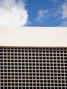 O céu e a arquitetura  Biblioteca Nacional - Brasília