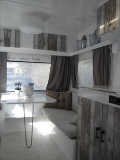 When you love all about traveling, then you should have a caravan to move from one place to another place easily. Caravan with complete interior design in it is not something new anymore but not every Camper Interior Design, Rv Interior, Interior Ideas, Vintage Camper Interior, Trailer Interior, Rv Travel Trailers, Travel Trailer Remodel, Camper Trailers, Caravan Makeover